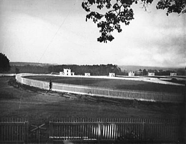 Brown's cottages in the distance from the steps of Springfield Presbyterian. Photo courtesy of the Library of Congress.